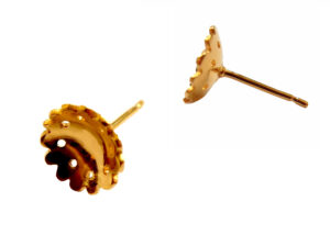 Yuki S Assiter_Hand cut Flower Ear Studs-Gold