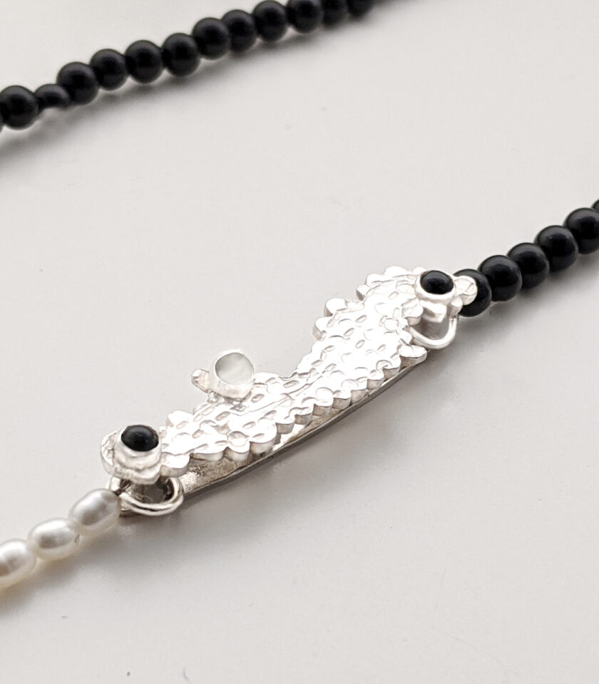 Recycled Black& White Stone Beads Necklace 2