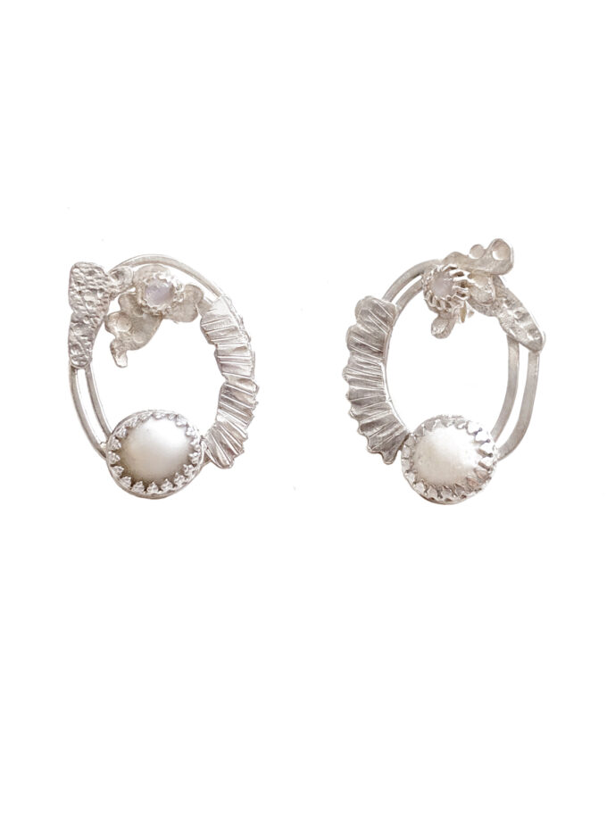 WCB _Ear_2 Ways Oval lines Hoops